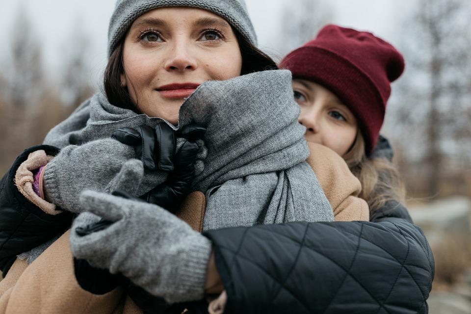 dívky v zimě