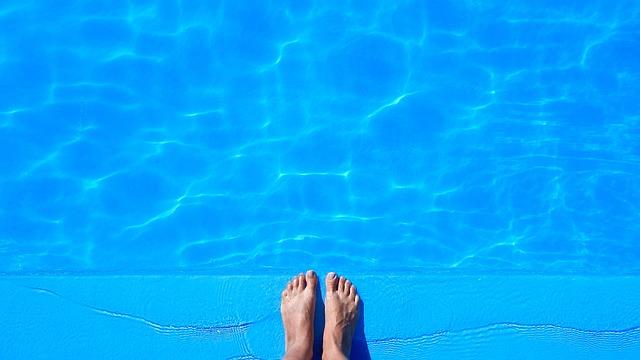 Zastřešení bazénu prodlouží koupací sezónu